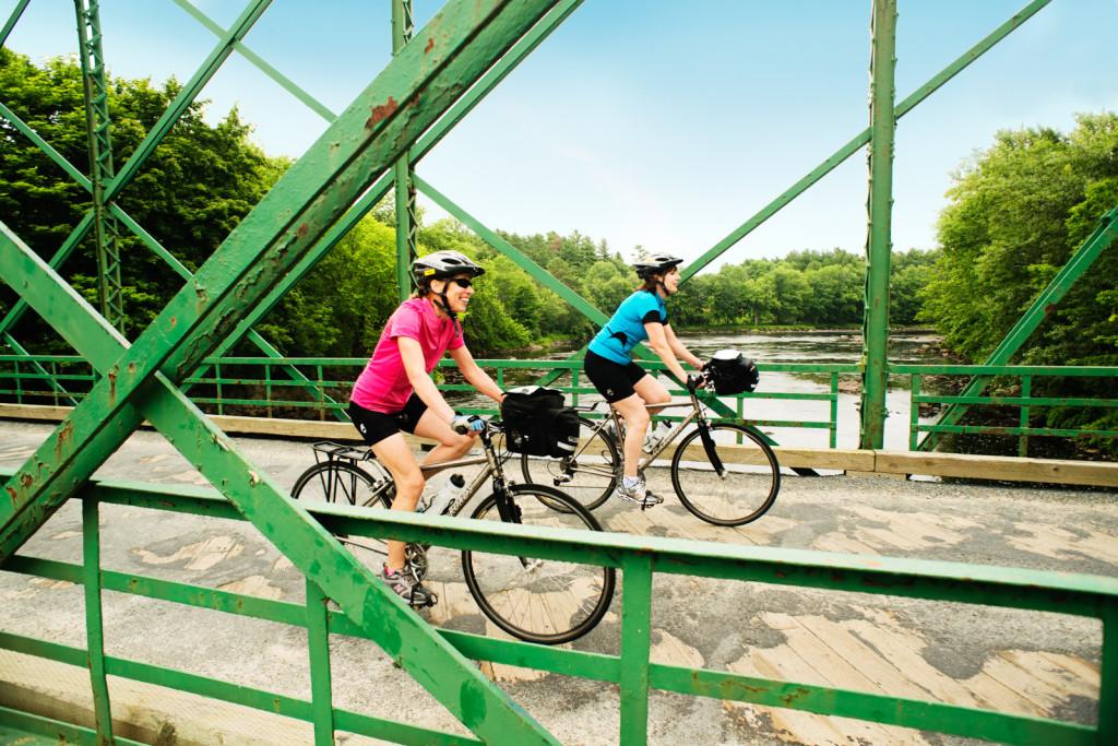Nova Scotia bicycle tours